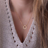 2017 New women trendy necklaces Fashion Simple gold plated Circle Pendant choker necklace ladies short Clavicle Chain