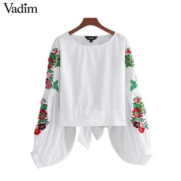 Vadim sweet floral embroidery white shirts lantern sleeve back bow tie blouses ladies summer casual brand tops blusas LT2024