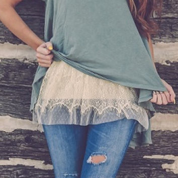 Cream Tiered Lace Top Extender
