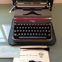 Mint condition  Working Typewriter Portable Typewriter