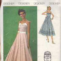 Simplicity 9008 Sewing Pattern 1970s Designer Gunne Sax Sundress Peasant Dress Boho Hippie Style Maxi Midi Length Full Skirt Fitted Bodice