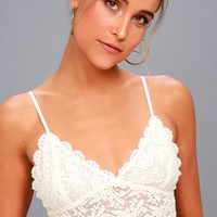 Romantic Touch Cream Lace Bralette