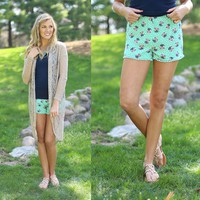 Bouquet Beauty Shorts in Mint