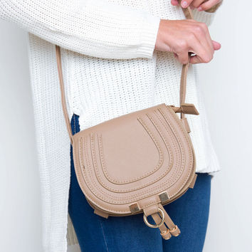 Sorelle Saddle Bag - Taupe