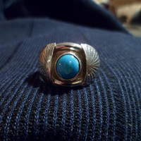 Authentic Navajo Native American southwestern sterling silver turquoise shadow box ring.Size 9. Men or women