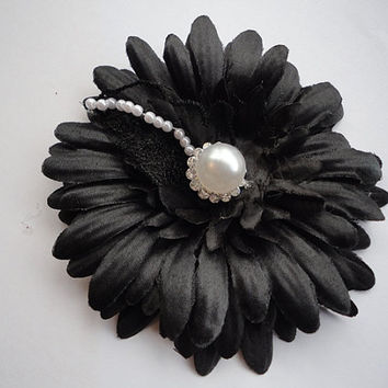 Black flower with rhinestones and pearls, Black brooch, black pin, black hair clip