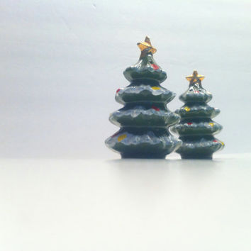 Kreiss Christmas Tree Salt and Pepper Shakers Vintage Collectible Ceramic Shakers Snowy