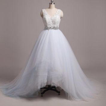 Colored Tulle Wedding Dresses V Neck Layers Ball Gown