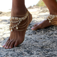 Gold Barefoot Sandals with gold chains, for boho brides and Beach Brides, Style: Stevie Barefoot Sandals in GOLD