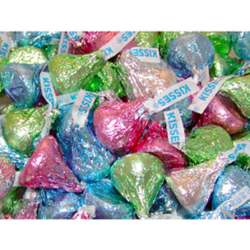 Hershey's Kisses Pastel Foiled Milk Chocolate Candy: 100-Piece Bag