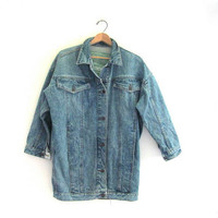 20% OFF SALE...80s light wash blue denim jean jacket // barn coat // women's size S