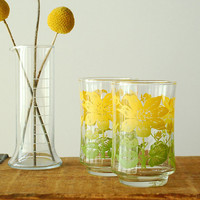 Retro 50s Juice Glasses Yellow and Green Floral Print by vint