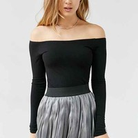 Ecote Ainsley Off-The-Shoulder Top