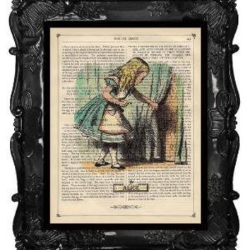 FREE SHIPPING WORLDWIDE ALICE IN WONDERLAND PRINT by BlackBaroque