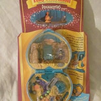 BRAND NEW DISNEY POLLY POCKET TINY COLLECTION POCAHONTAS PLAYCASE 1995 MATTEL