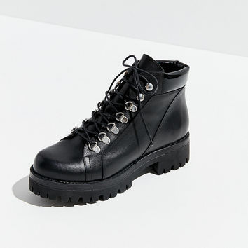 UO Mia Treaded Hiker Boot | Urban Outfitters