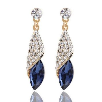 ONETOW Fashion big drill full of gemstone glass water droplets earrings earrings marine heart with the temperament earrings