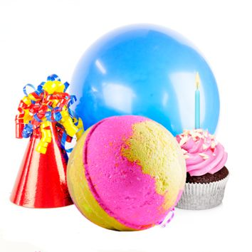 Birthday Cake | Single Toy Surprise Bath Bomb®