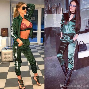 2017 Jogging women summer or Autumn Suits For Women Sport Suit Brand Tracksuit Costomes Hoodies Set