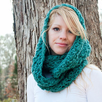 The Chunky Cowl Scarf Shawl Hood Dark Turquoise by CThandmade