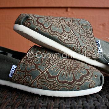 Youth - Henna Custom Painted TOMS Shoes
