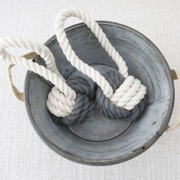 Classic Hobie Rope Toy