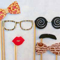 Photo Props Beauty and the Geek Perfect for by livelaughlovelots