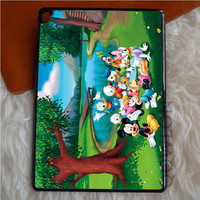ALL OF BOOKS DISNEY AND FRIENDS SYMBOL iPad Pro Case