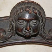 Putti Carved wood Ornament Crest wall decoration