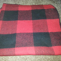 "Vintage Marlboro Country Store Black and Red Wool Blanket - Made in USA - 58"" x 70"""