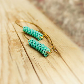 Minimalist chic turquoise tube dangle earrings. beadwork peyote stitch seed bead jewelry