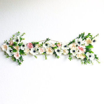Boho Flower Wooden Arrow / Arrow Wall Art / Sorority Wooden Arrow / Pink and White Flower Arrow / Floral Wooden Arrow / Sorority Symbol