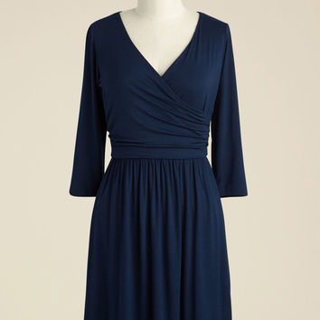 Everywhere You Flow Jersey Dress in Navy | Mod Retro Vintage Dresses | ModCloth.com