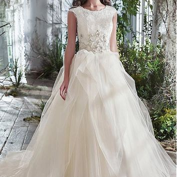 [189.99] Delicate Tulle Bateau Neckline Ball Gown Wedding Dresses With Lace Appliques & Beadings - dressilyme.com