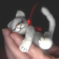 Mini Cat Kitten Thread Crochet Pattern by Bear Artist   PDF