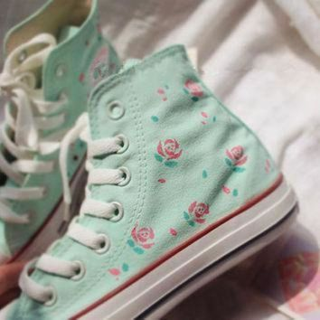 CREYON hand painted shoes converse light green background plus pink flowers lovely floral