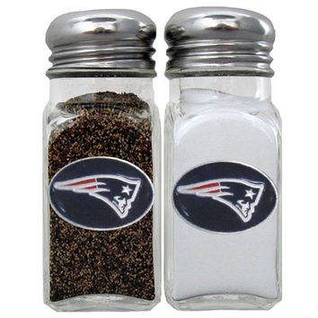 New England Patriots Salt & Pepper Shaker FSHK120
