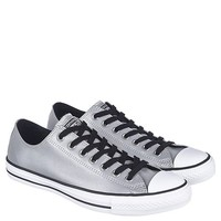Junior's Chuck Taylor Ox Casual Sneaker