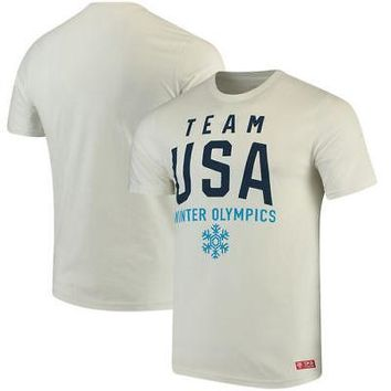 Licensed Sports Team USA Olympics in Mountain T-Shirt - White KO_20_2