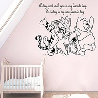 Wall Decals Quote A Day Spent With You Decal Winnie the Pooh and his friends Vinyl Sticker Family Bedroom Nursery Baby Room Home Decor Ms329