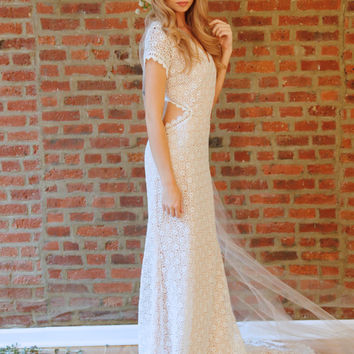 "Bohemian Wedding Dress Cap Sleeve Cut Out Lace Bridal Gown - ""Lennox"""