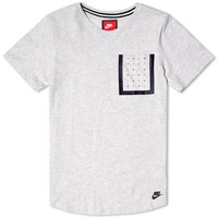 Nike Bonded Pocket Tee