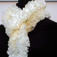 Knitted Ruffled Fashion Scarf Golden White