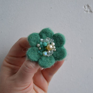 Little Needle Felted Brooch Light Teal Wool Felt Flower, Small Felt Flower Pin,Flower Brooch, Felted Flower,Corsage Brooch,Woolen Brooch