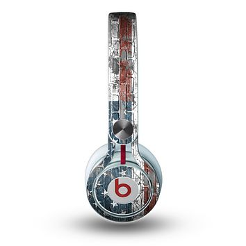 The Vintage USA Flag Skin for the Beats by Dre Mixr Headphones