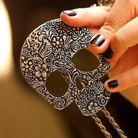Vintage Gothic Carved Flowers Skull Pendant Long Sweater Chain Necklace