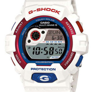 Casio Mens G-Shock Solar Atomic - White Resin Band - Red and Blue Accents