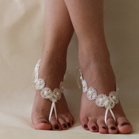 İvory lace.Barefoot Sandals, Bridal Garter,Bridal Barefoot Sandals, The Same Lace Garter Set , Beach Wedding Brefoot Sandals Belly Dance