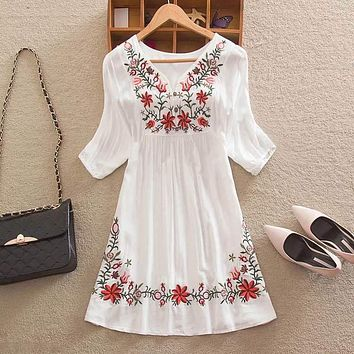 63bdf164dabc6 Summer Women Mexican Embroidered Floral Peasant Blouse Vintage E
