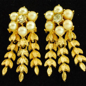 Clip On Dangle Earrings Faux Pearls  Sarah Coventry
